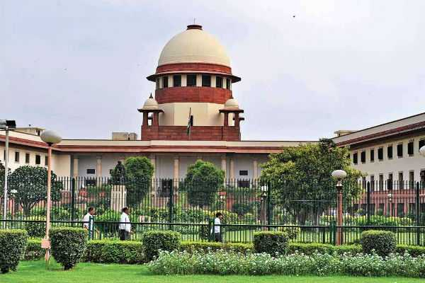 supreme-court-refuses-to-give-an-urgent-hearing-on-sabarimala-purification-plea