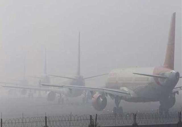 air-traffic-is-disturbed-in-delhi