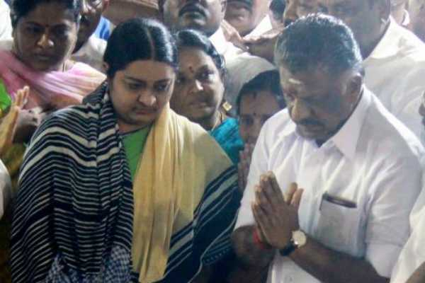 j-deepa-wants-to-join-with-aiadmk-ops-invites