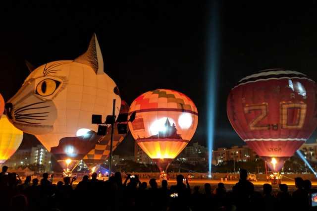 hot-air-balloon-fest-lights-up-chengalpattu