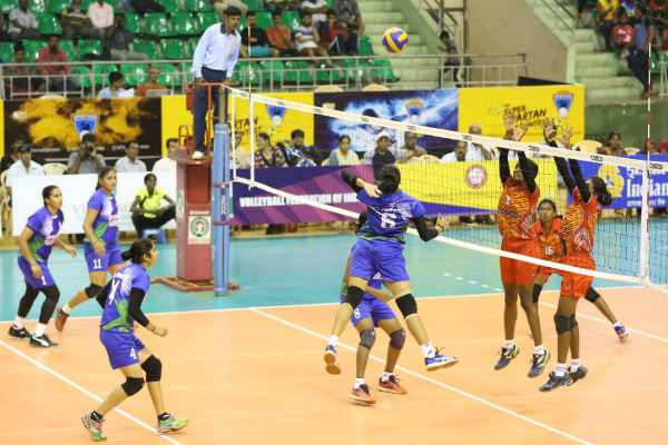 national-volleyball-championship-at-chennai-tn-ker-in-semi-finals