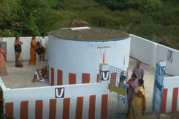 varadharaja-perumal-kovil-special-story