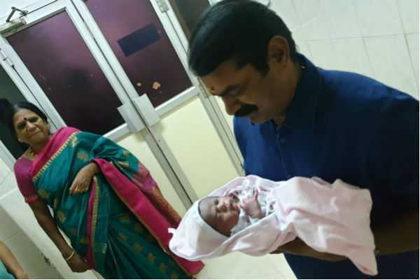 seeman-kayalvizhi-couple-blessed-with-a-boy-baby