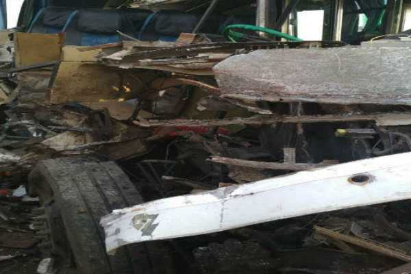 bihar-collision-between-a-truck-and-a-bus-one-dead