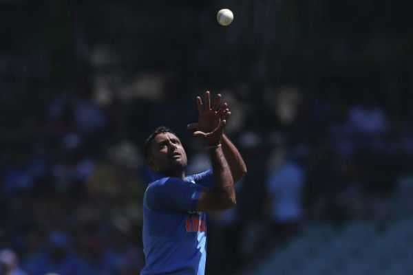 rayudu-has-been-reported-for-suspect-bowling-action-after-the-first-odi