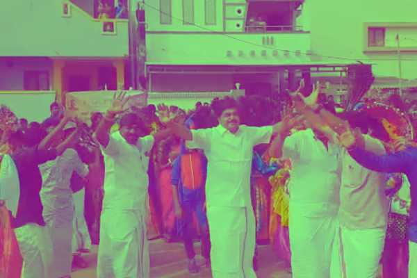 mla-to-dance-with-students