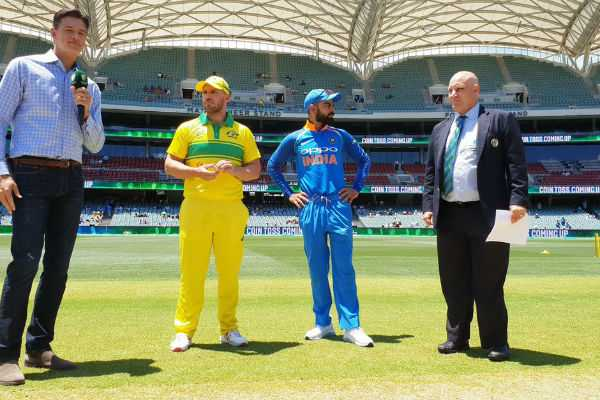 australia-wins-the-toss-and-elects-to-bat-first