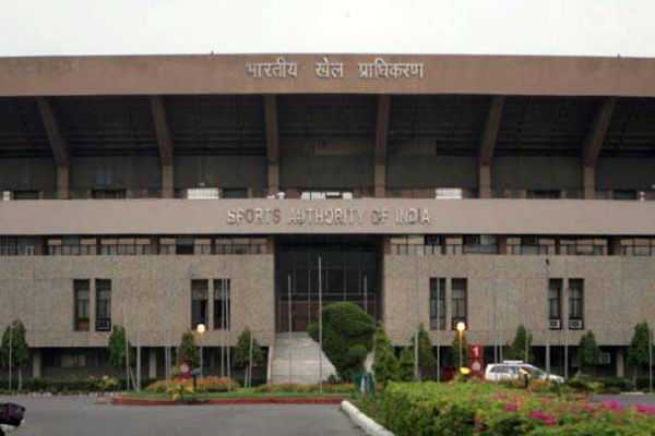 cbi-arrest-6-persons-of-sports-authority-of-india-in-bribery-case