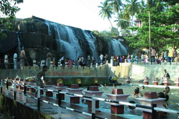 kanyakumar-thirparappu-falls-special-story