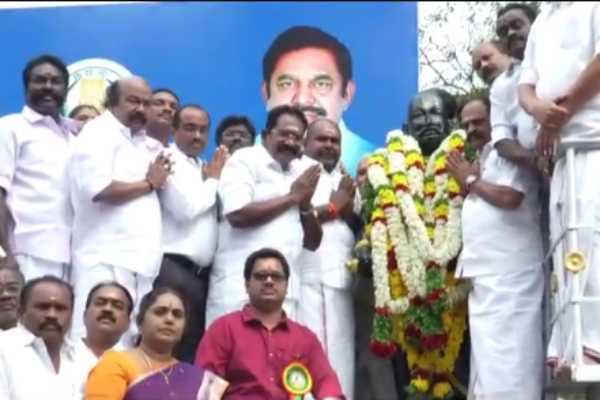 tirumalai-nayakar-birthday-statue-garlanded-by-ministers-at-madurai