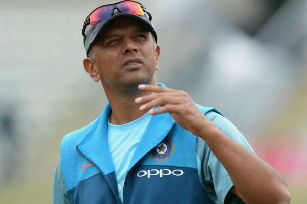 lets-not-overreact-rahul-dravid-on-pandya-controversy