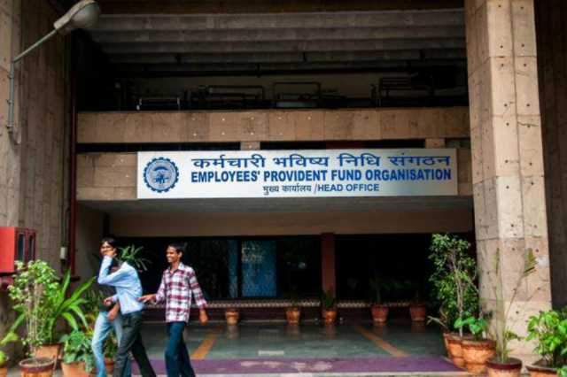 7-32-lakh-jobs-created-in-nov-employment-up-by-48-in-formal-sector-epfo-payroll-data