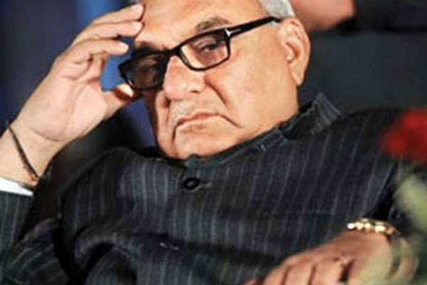 cbi-raids-former-haryana-chief-minister-bs-hooda-s-residence-in-corruption-case