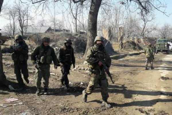 kashmir-soldier-injured-in-grenade-attack