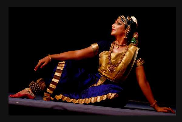 tamilnadu-s-narthagi-natarajan-first-transwoman-to-get-padmashri