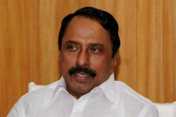 minister-sengottaiyan-meets-tn-chief-secretary