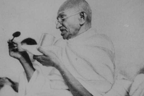 gandhiji-fasting-agitation-against-british