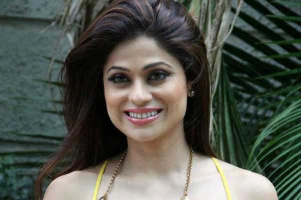actress-shamita-shetty-reportedly-encountered-a-road-rage-incident-in-mumbai