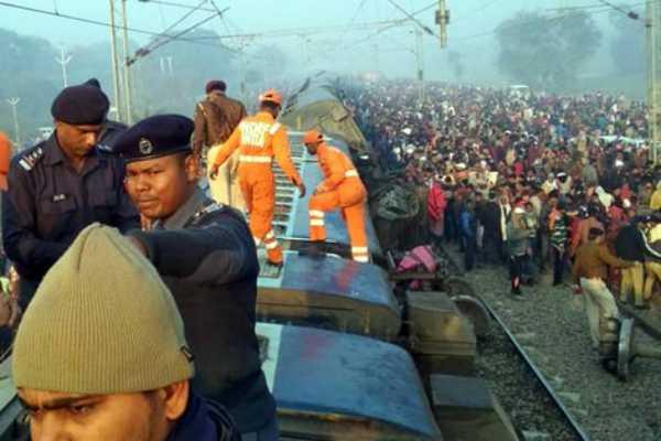 pm-modi-expresses-condolences-for-bihar-train-accident
