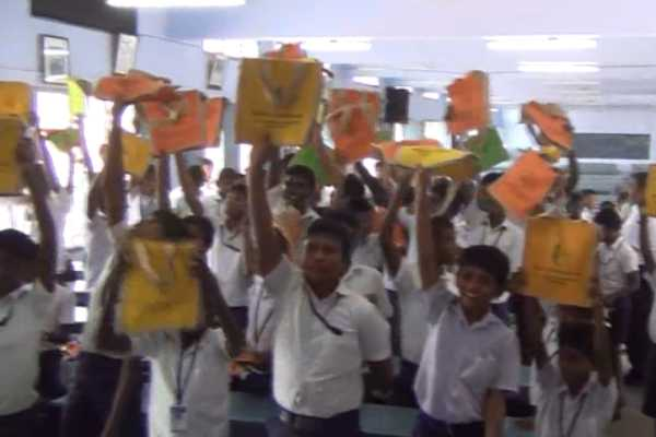 students-were-given-jute-bag
