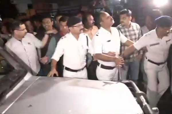 detained-cbi-officers-released