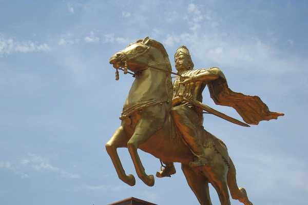 statue-for-rajaraja-chozhan-case-hearing-at-madurai-court