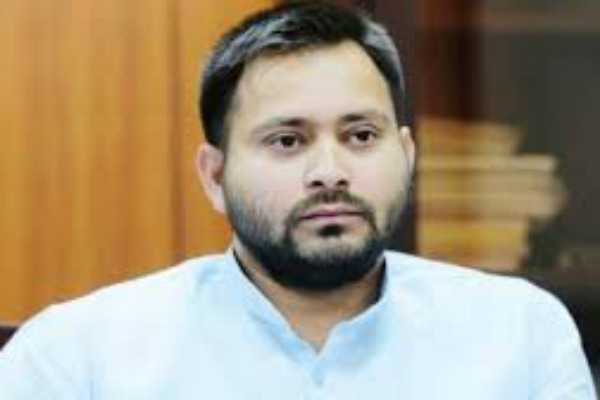 supreme-court-slaps-rs-50-000-fine-orders-tejashwi-yadav-to-vacate-government-bungalow