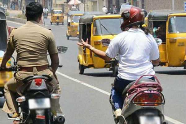 man-who-questions-a-police-arrested-in-mumbai