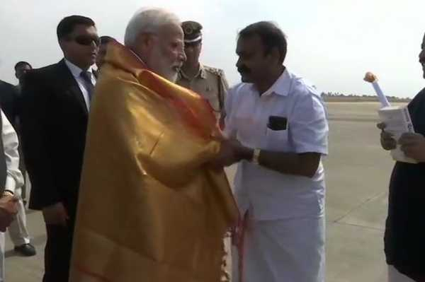 prime-minister-modi-arrives-at-coimbatore