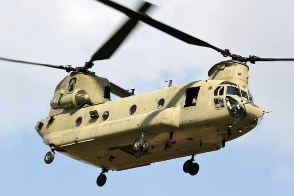 chinook-helicopters-lands-in-gujarat
