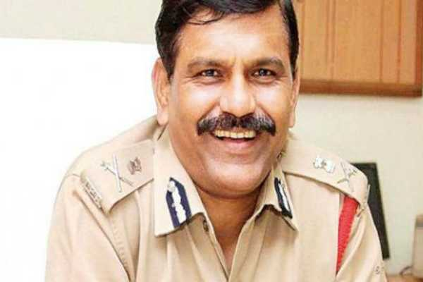 cbi-s-nageswara-rao-guilty-of-contempt-says-supreme-court-and-fine-him-rs-1-lakh