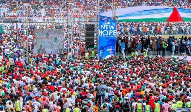 14-dead-in-buhari-rally-stampede-in-nigeria