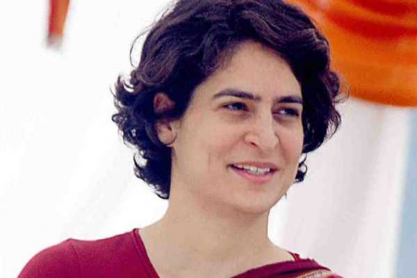 in-her-first-address-to-party-leaders-directs-to-end-factionalism-priyanka