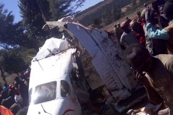 5-killed-as-light-aircraft-crashes-in-kenya