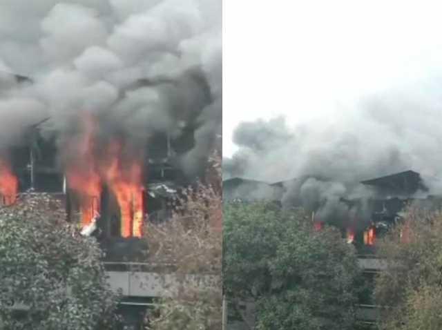 fire-breaks-out-in-paper-card-factory-in-delhi