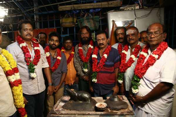gv-prakash-to-act-in-ezhil-movie