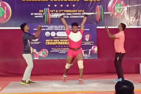 salem-player-win-in-south-india-weightlifting-championship
