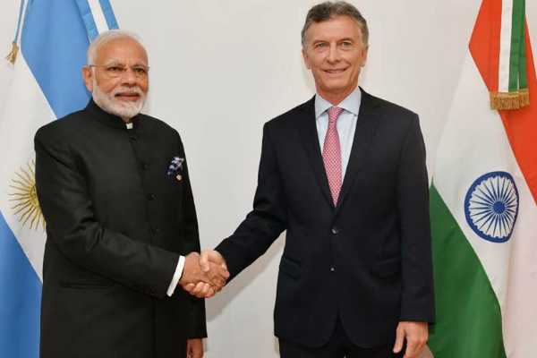 pm-modi-meets-argentinian-president-at-rashtrapati-bhavan