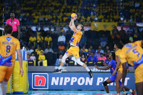 pro-volleyball-league-chennai-spartans-entered-into-semi-finals