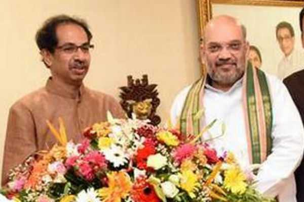 amit-shah-reaches-mumbai-to-hold-joint-press-conference-with-uddhav-thackeray-over-seat-sharing