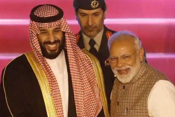 modi-receives-saudi-crown-prince-salman-at-the-airport