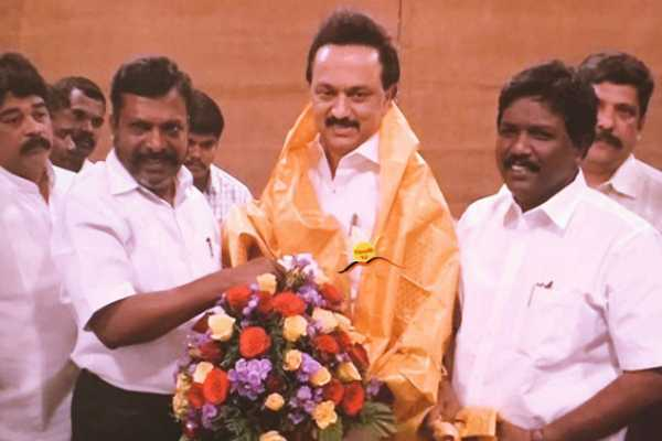 alliance-talks-between-dmk-and-vck