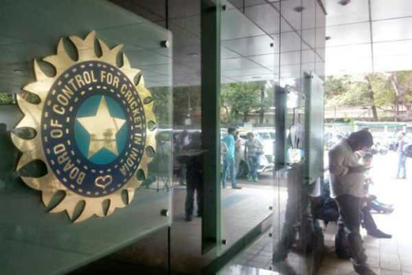 india-will-not-play-pakistan-in-world-cup-if-government-says-so-bcci