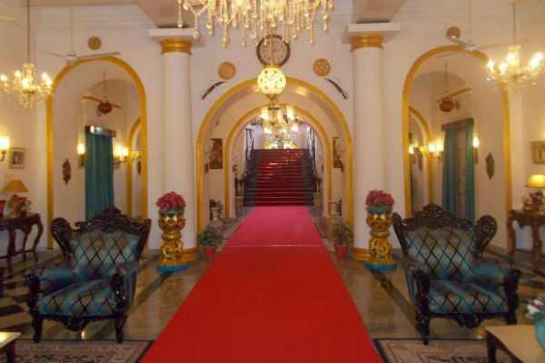 big-palace-in-chennai-ameer-mahal