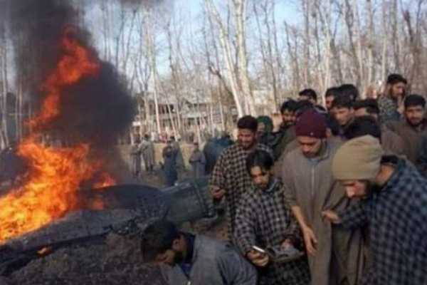indian-air-force-mig-jet-crashes-in-kashmir-s-budgam-2-pilots-feared-dead
