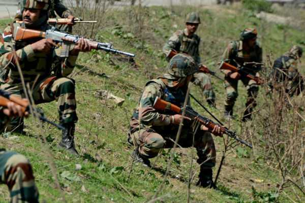 pak-attacks-near-indian-army-camp-at-rajouri