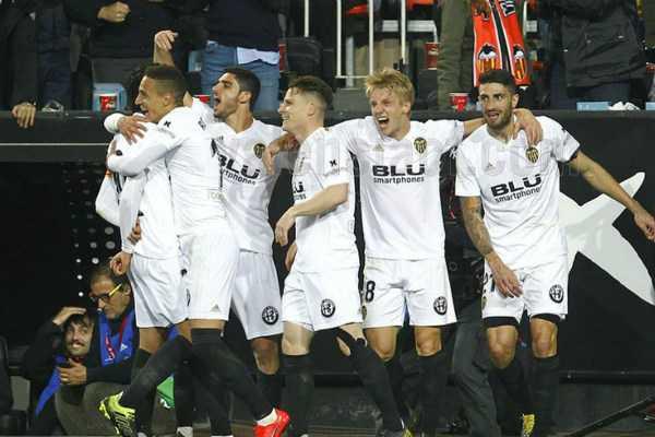 barcelona-to-face-valencia-in-copa-finals