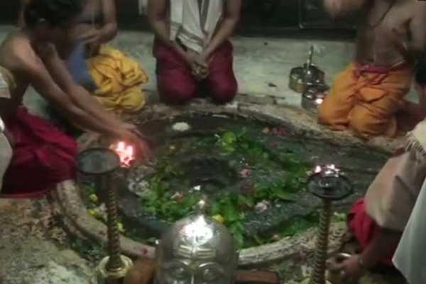 mahasivarathri-special-pooja-s-in-siva-temples