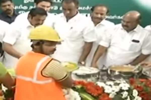 free-food-to-construction-workers-scheme-is-started