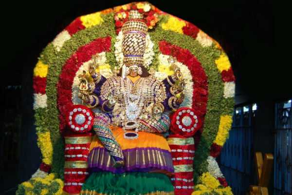 devotional-article-about-mayana-kollai-festival